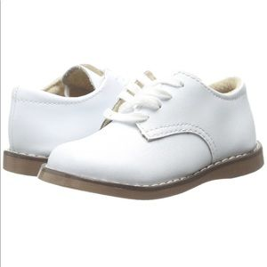 Willy 3 White Dress Shoe by Footmates - Size 9